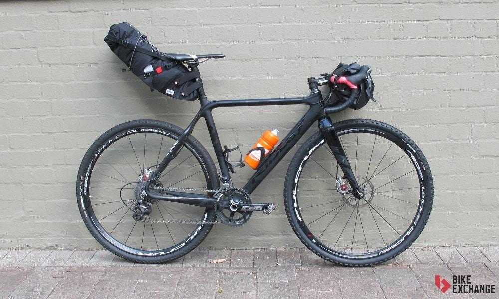 Qué Deberías Empacar para Conocer el País en Bicicleta?