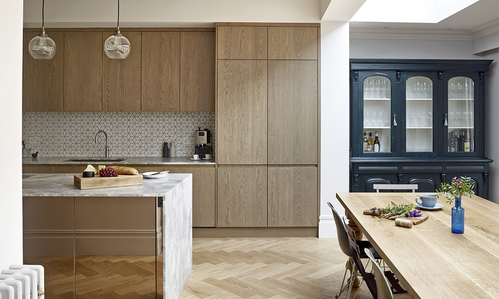 kitchen-design-trends_mid-tone-timbers-contrast-jpg
