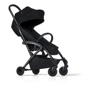 Bumprider Connect Stroller - Black on Black with Black Carricot