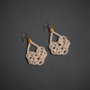 Global Sisters Shop Mizu Woven Earrings - Pearl