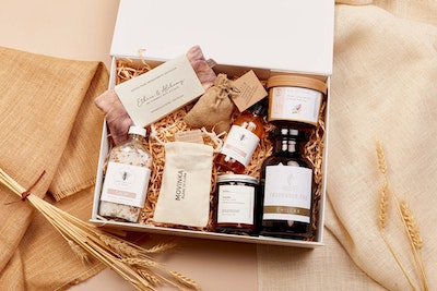 Global Sisters Shop The Apothecary Box