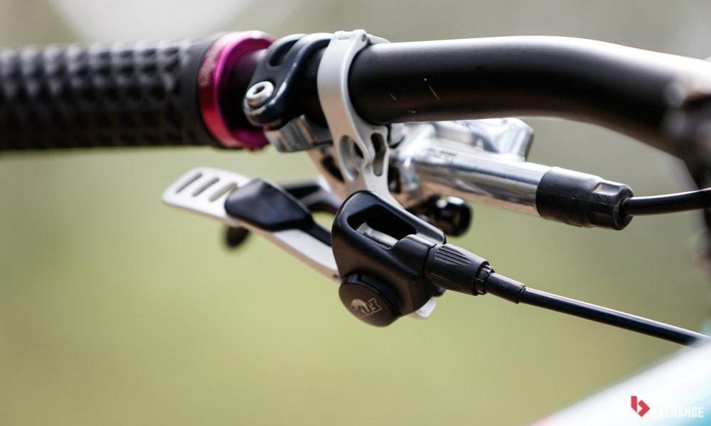 dropper-post-mountain-bike-buyers-guide-4-jpg