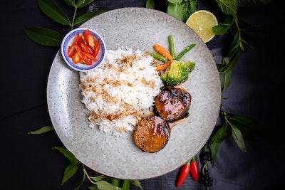 Zen Tea Lounge Caramelised Vegan Fish