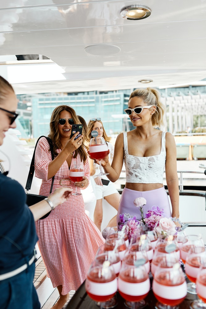LENZO Agency JAGGAD x Strongbow Bec Judd boat party