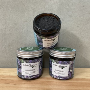Urthly Organics Peppermint & Activated Charcoal Toothpowder 50g