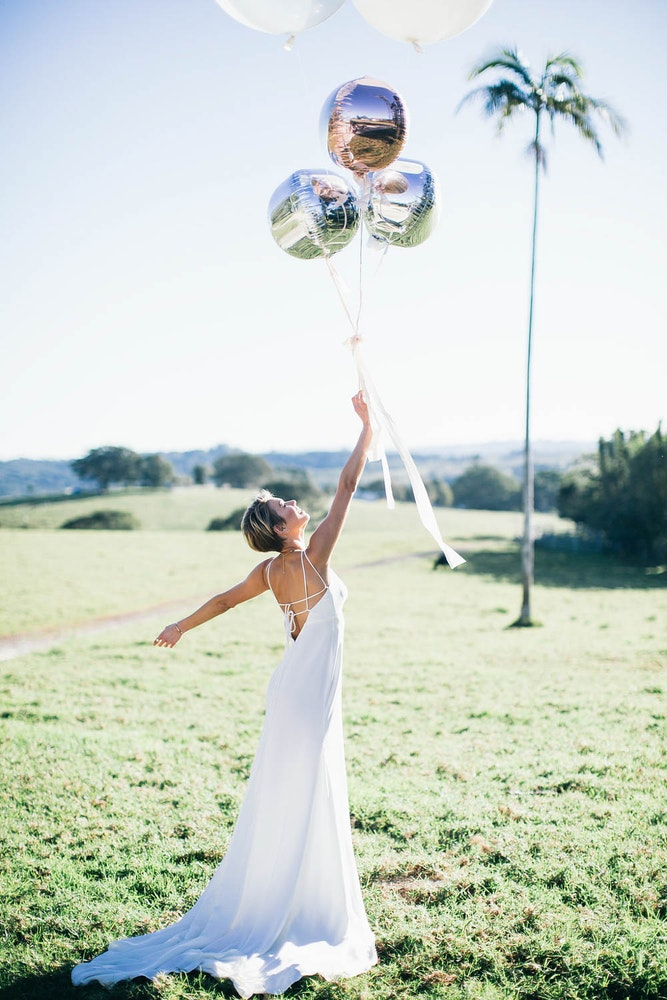 LENZO Figtree Wedding Photography Bride Balloons