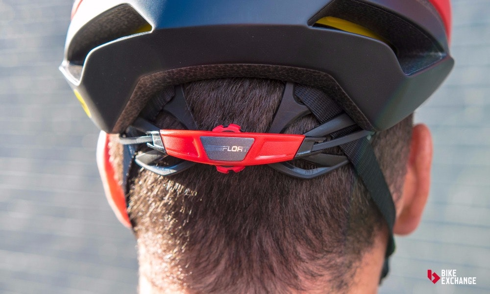 choosing bike helmets what to know retention system