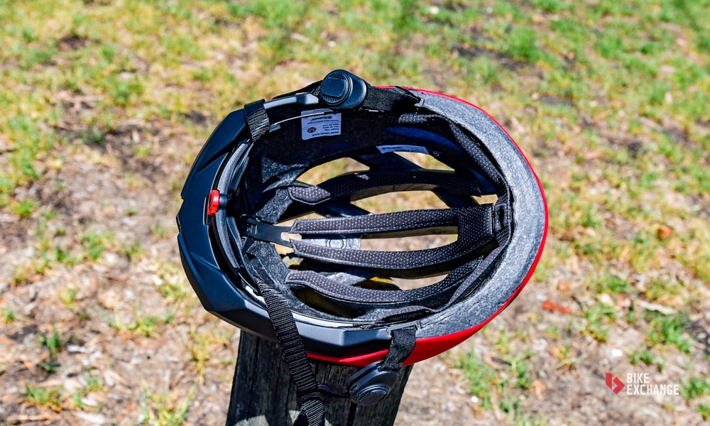 coros-omni-smart-helmet-review-padding-bikeexchange-jpg