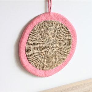 Queenie's Pawprints Round Felt & Jute Cat Scratcher in Dusty Pink