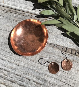 Sarah Munnings Jewellery Add a copper ring bowl