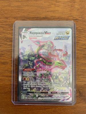 Rayquaza Vmax Alternate art Card