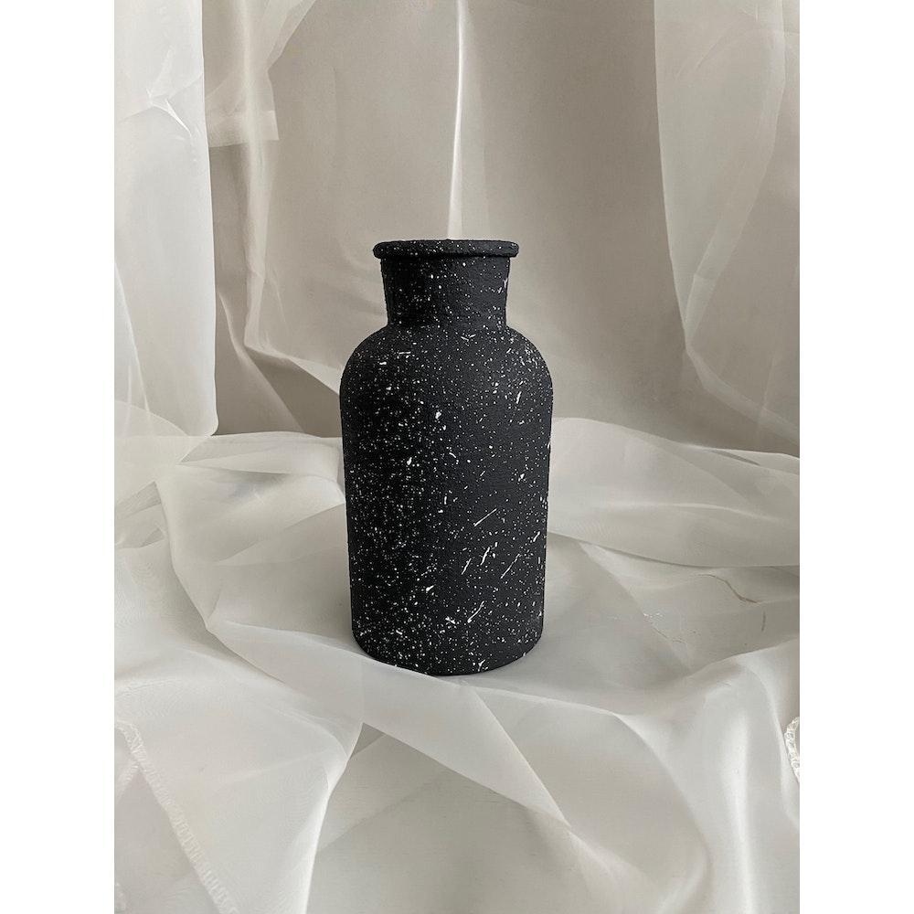 Sixteen Luxe Handpainted Textured Vase 20cm Black Textured Vase With White Flecks