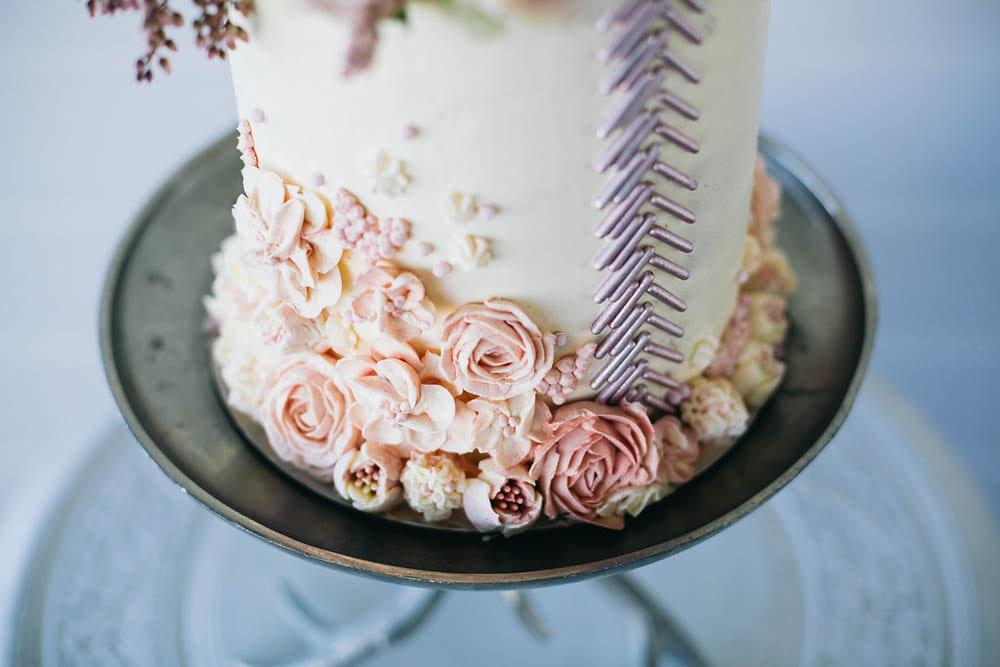 LENZO Boho Byron Bay Wedding The Cake That Ate Paris Details