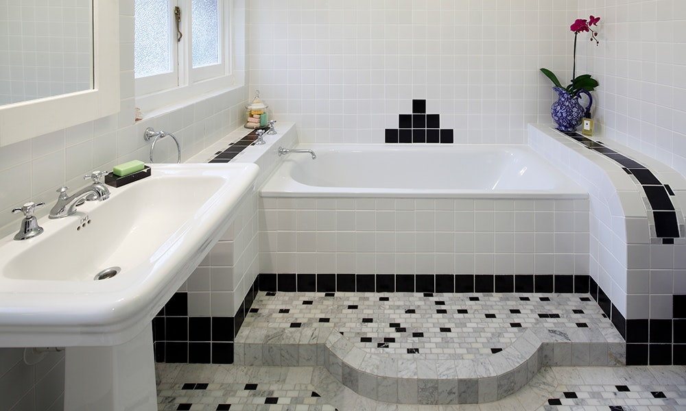 Art deco bathroom modern art deco renovation for Bathroom ideas art deco