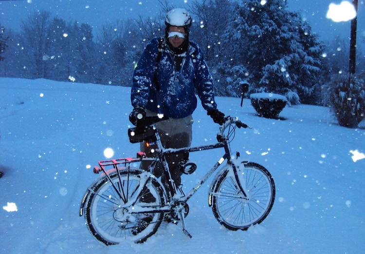 7 Tips for Winter Bike Commuting: Stay Safe & Warm