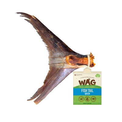 WAG Queen Fish Tail Dog Treat