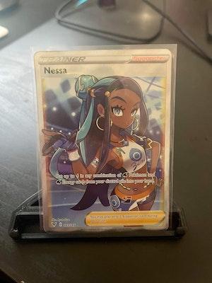 Pokemon TCG Nessa Vivid Voltage Full Art #183/185