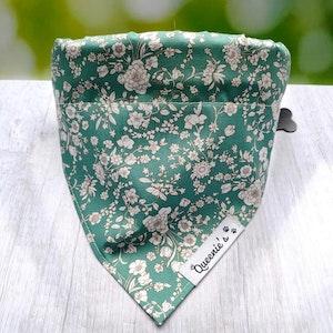 Queenie's Pawprints Spring Meadows Eco Bandana - Through collar fit