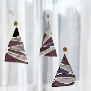 Ornament   Purple Christmas tree - small