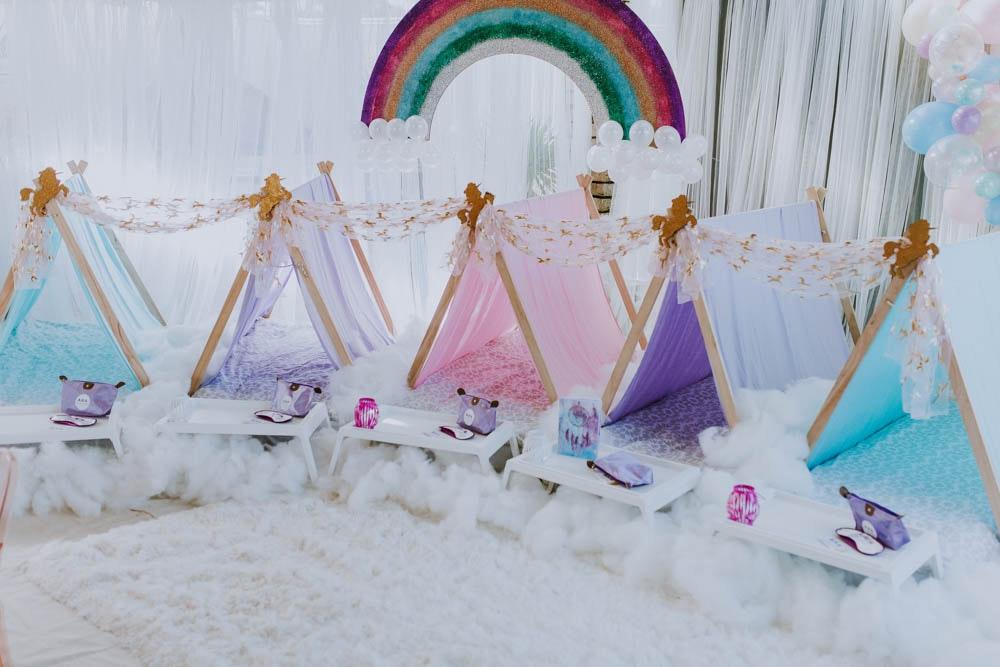 LENZO Rainbow Unicorn Slumber Party