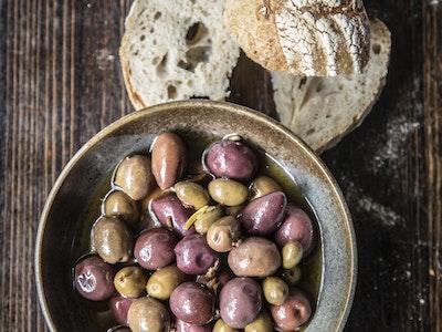 Grossi Marinated Olives. Serves 2.