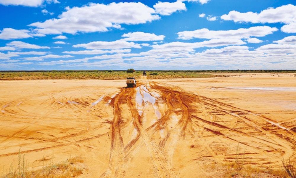 That Sinking Feeling: getting stuck in the Simpson Desert