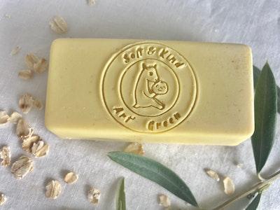 Art'N Green Doggie Bar Castile Soap, with 100% Tasmanian Oil, Organic Colloidal Oatmeal & Rosemary Essential Oil.
