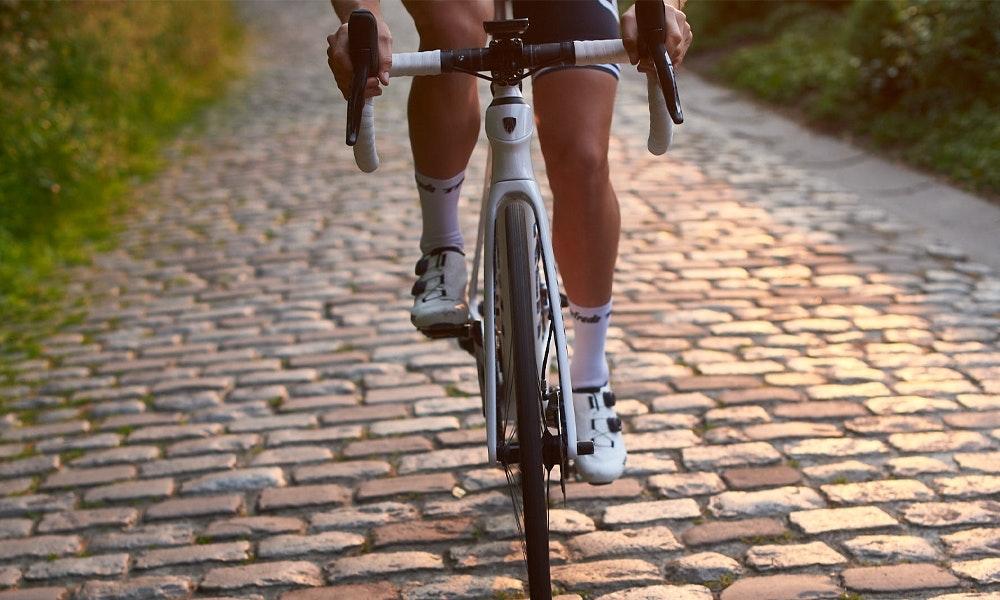 trek-domane-2020-rennrad-roadbike-neu-2-jpg