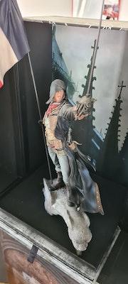 Arno Dorian Statue - Assassin's Creed Unity