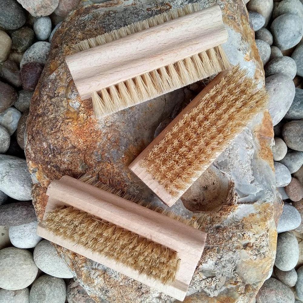 Natural Spa Supplies Nail Brush Of Beech Wood With Soft With Natural Bristles