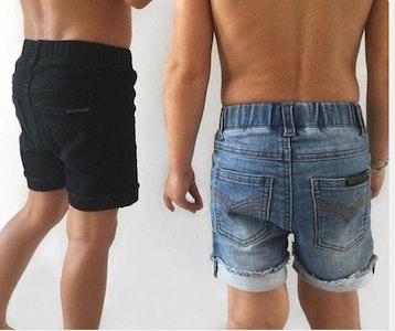 Beau Hudson Black Jeg Shorts