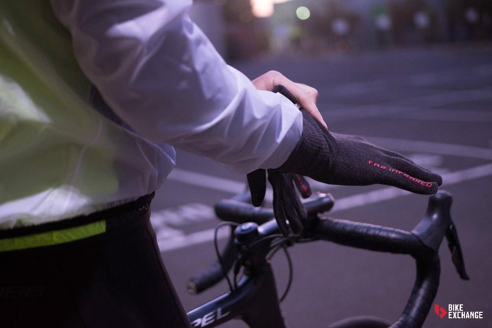 Guia-mejores-accesorios-ruta-prendas-guantes