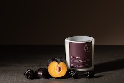 Emberfield PLUM Luxury Candle 280g 50 + hour Burn Time   Signature Organic Coconut / Soy Wax Blend, Vegan Friendly, Phthalate Free