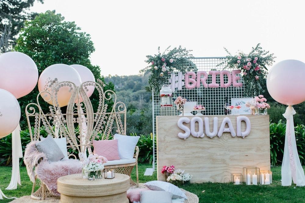 LENZO Millennial Pink partyware