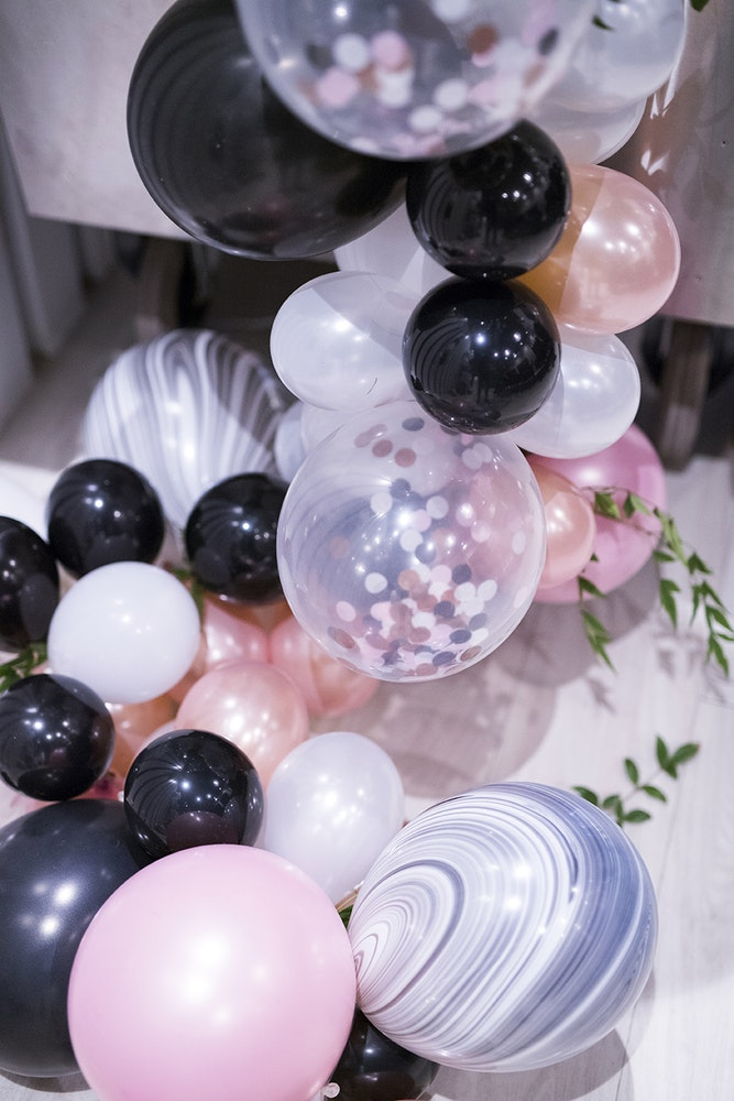 Favor Lane Champagne High Tea Balloons