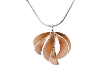 Medium rose gold Leafbud pendant