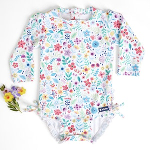 TicTasTogs NEW! Summertime Swimsuit | Ditsy Daisy