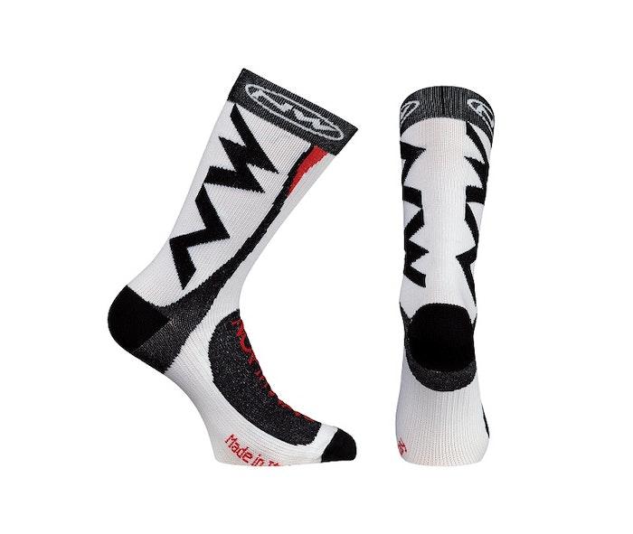 extreme-tech-plus-socks-white-jpg