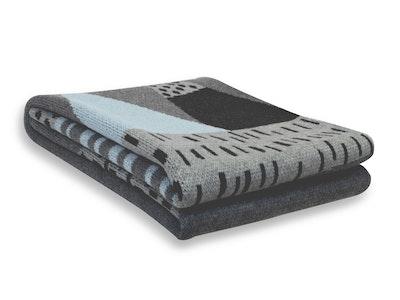 Spotty Giraffe Mint Mountain PRAM/BASSINET Blanket 100% Cotton double knitt
