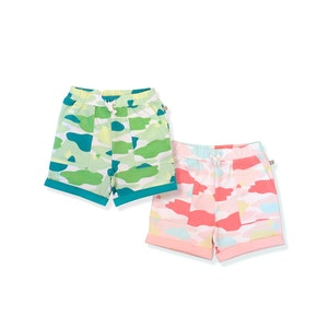 OETEO Australia Camo Flash Toddler Casual Shorts 2-Piece Bundle (Pink/Green)
