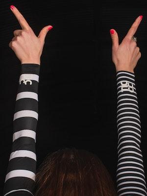 TIC CC Arm warmers stripes – Storm black