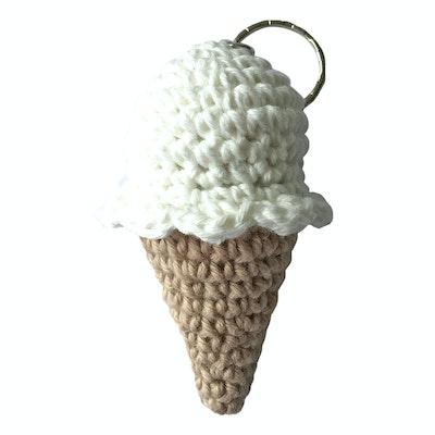Global Sisters Shop Crochet Ice-Creams - White