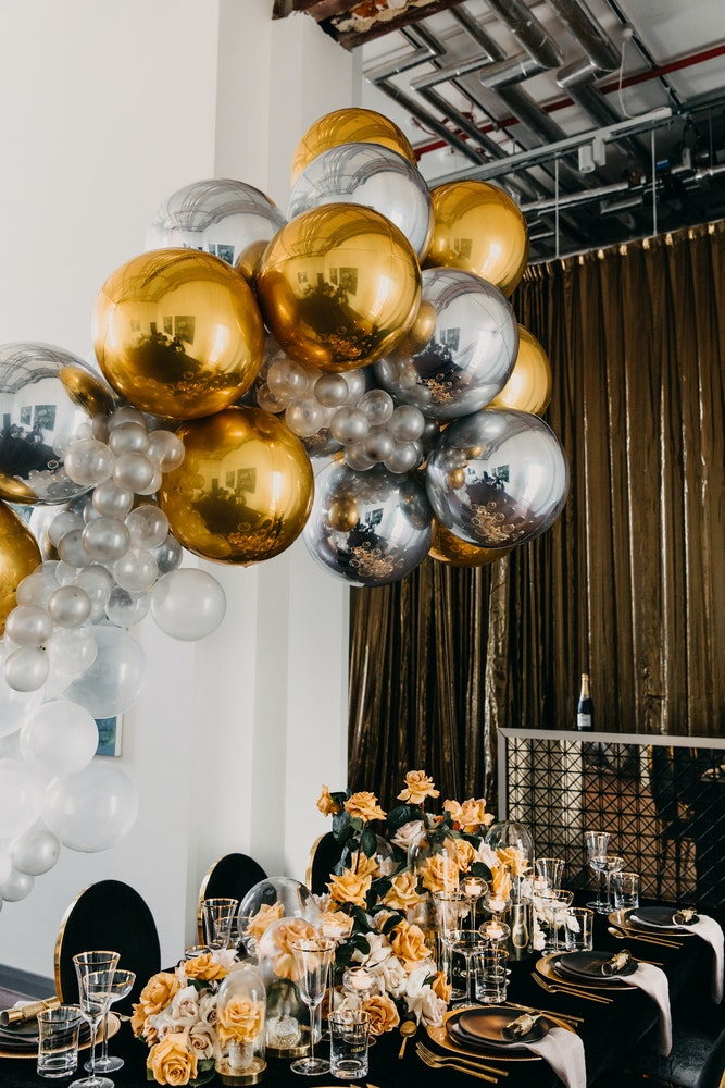 Balloon Co Event Artillery Gold Table Setting