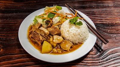 Zen Tea Lounge Thai Massaman Beef Curry