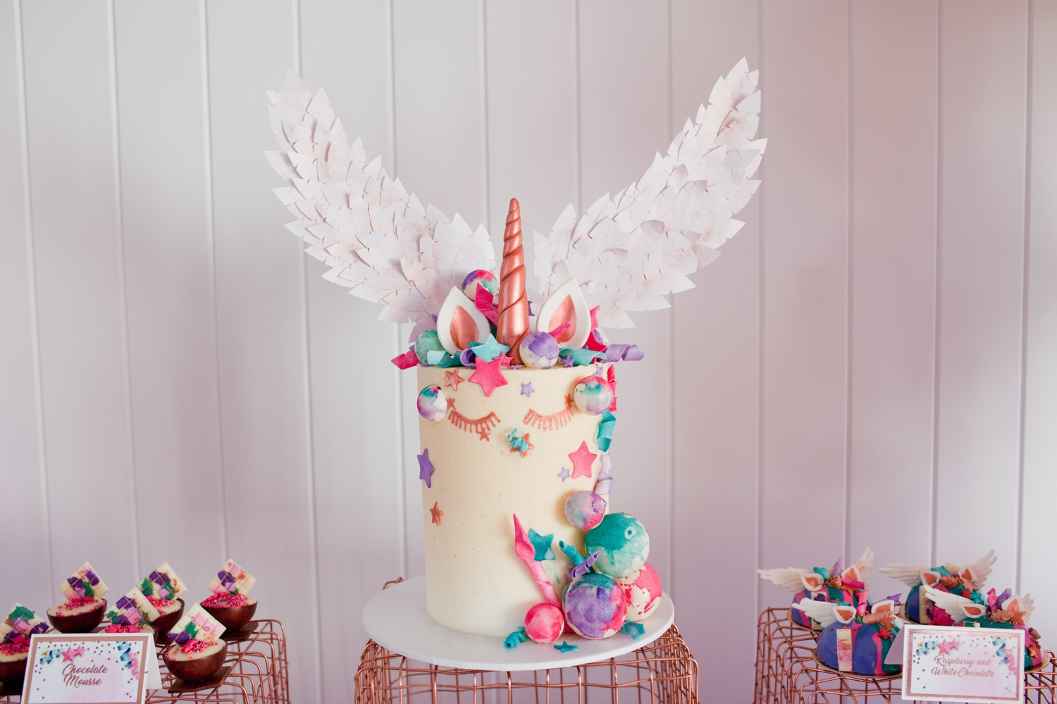 CAKE TRENDS WITH LIFE'S LITTLE CELEBRATIONS