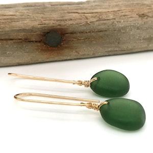 Green Seaglass Earrings Long – Gold
