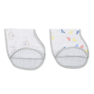 aden + anais leader of the pack classic burpy bibs 2 pack