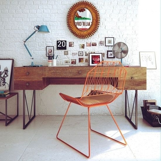 Different Types of Office Desks