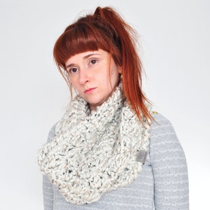 Cloud • Cowl • Crochet Chunky Knit • Colour: COCONUT