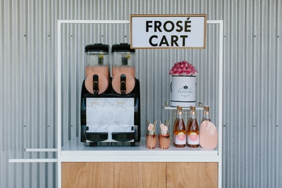 PARTY WITH... CARTS AND CONTAINERS